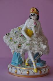 Home Interior Porcelain Figurines by 3680 Best Porcelán Figurák Images On Pinterest Figurines Bone