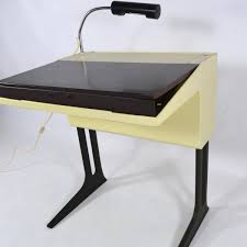 Kleiner Schreibtisch Modern Kleiner Deutscher Schreibtisch Von Luigi Colani Für Flötotto