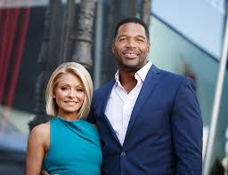 michael strahan new haircut kelly ripa and michael strahan unlikely to host a show together