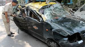 mumbai six killed in road accident on eastern freeway
