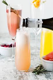 how to set up an easy diy mimosa bar garnish with lemon