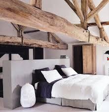 chambres avec chambres avec poutres apparentes en bois voici 20 exemples
