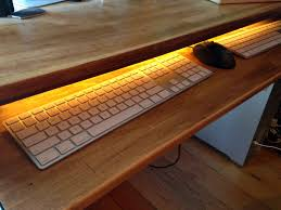 Computer Desk Diy Diy Computer Desk Upcycled From A Broken Table Maker