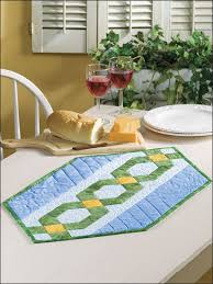 Table Nine Free Quilt Patterns For Table Runners U0026 Decor Linking Nine
