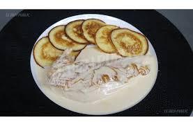 cuisiner un poulet de bresse encadré recette poulet de bresse à la crème et ses crêpes