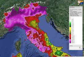 codified hashtags for weather warning on twitter an italian case