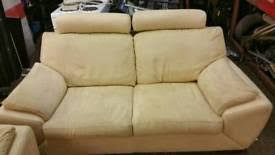 La Z Boy Tamla 3 by Brand New 2 La Z Boy Tamla 3 Seater Static Sofa Scs Price 700