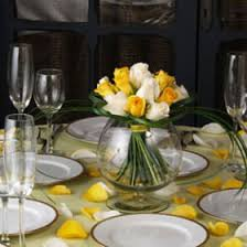 White Rose Centerpieces For Weddings by Cheap Flower Centerpieces Yellow White Roses Global Rose