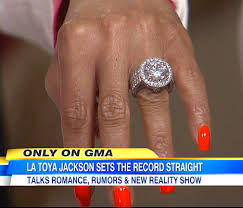 michael jackson wedding ring la toya jackson engaged to jeffré phillips shows engagement ring