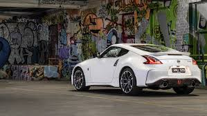 nismo nissan 370z 2018 nissan 370z nismo review road and tracks