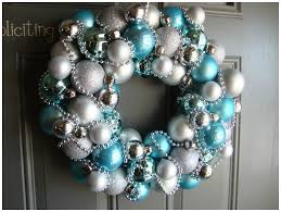Blue Decorated Christmas Wreaths by How To Easily Make Your Own Awesome Christmas Wreaths Wreaths