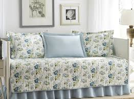 Cheap Daybed Bedding Set White Daybed Bedding Sweet U201a Gripping Blue And White