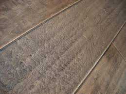 Antique Laminate Flooring Oasis Flooring Maple Antique Distressed Express Collection D6