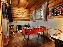 salle de jeux adulte abénaki au chalet en bois rond