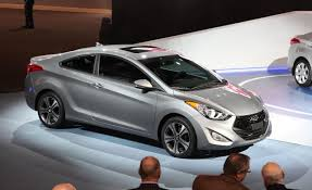 2015 hyundai elantra coupe 2013 hyundai elantra coupe information and photos zombiedrive