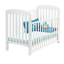 chambre bébé toys r us lit bebe toys r us 100 images chambre bebe baby kirsten matelas