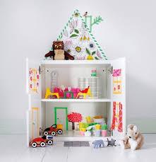 ikea kleiderschrank kinderzimmer puppenhaus selber bauen oder alternativ in einem ikea schrank
