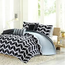 Navy And Yellow Bedding Bedding Design Bedding Ideas Yellow And Gray Chevron Quilt Set