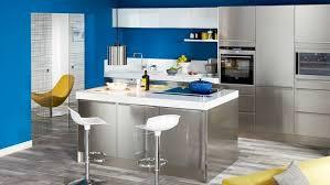 cuisine blanche et mur gris design cuisine blanc mur gris 73 clermont ferrand 02170438
