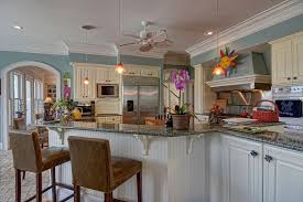 traditional kitchen with undermount sink u0026 crown molding in