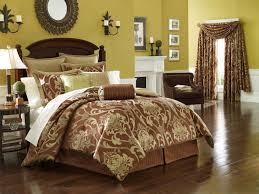 Bedroom Furniture Luxury Bedding Bedroom Fabulous Bedding Sets In Luxurious Bedroom Design Silver