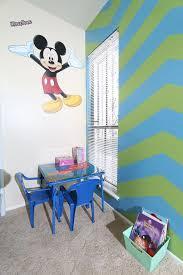 Kids Coloring Table Gooofy U0027s Surfari Walk To Disneyland Conv Vrbo