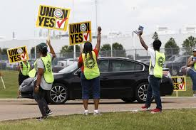 nissan finance wells fargo top backers renew support for union at nissan in mississippi am