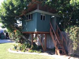 how to build a simple treehouse youtube
