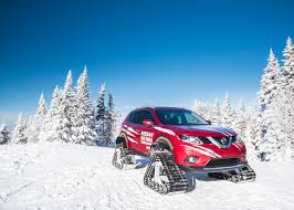 Nissan Rogue In Snow - nissan rogue warrior hits the slopes in canada
