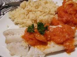 cuisiner du colin surgelé filets de colin à la sauce tomate par cuisinerpassion une recette