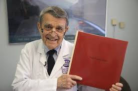 Doctors Slow To Have End This Doctor Believes Your Back Pain Is All In Your Head Huffpost