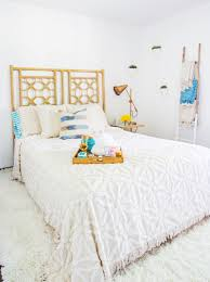 a guest room makeover with the sisters behind a beautiful mess