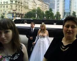 reddit worst wedding the absolute worst times to show your cleavage smosh