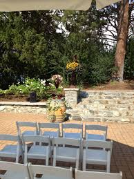 Outdoor Wedding Furniture Rental by Outdoor Wedding Summerland Ornamental Gardens Ttm Events Kelowna