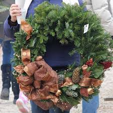 handmade fresh cut wreaths from dull s tree farm pumpkin patch in