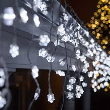 led lights 70 cool white snowflake led icicle lights