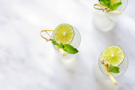 lemongrass gin and tonic cocktail