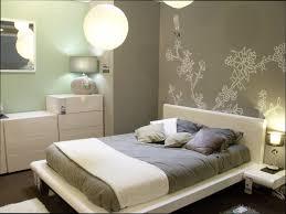 peinture mur de chambre ides dco peinture murale excellent chambre blanc argent idees deco