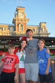 mickey u0027s very merry christmas party magic kingdom at christmas