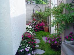English Garden Design For Small Spaces Sixprit Decorps