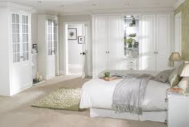 Traditional White Bedroom Furniture by White Bedroom Decorating Traditional White Bed Frame White