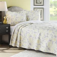 Queen Sheets Bedroom Queen Quilts Bedding And Beautiful Queen Quilt Sets With