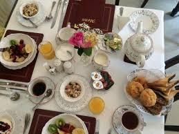 Beautiful Table Settings Beautiful Table Setting Best B U0026b Breakfast Beginnings Picture