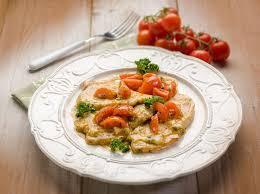 cuisiner escalope de veau recette escalope de veau à la crème et à la tomate