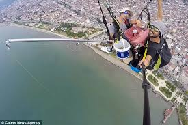 150 Feet In M Paragliders Fish From 500 Feet Above The Black Sea Daily Mail Online
