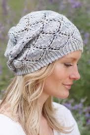 modelos modernos para gorras tejidas con gorros tejidos a gancho para dama paso a paso y patrones tejidos a