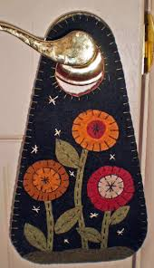 48 best felt door hangers images on pinterest penny rugs door