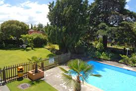 The Backyard Hotel Angus Hotel Accommodation Hotels Motels Aa New Zealand