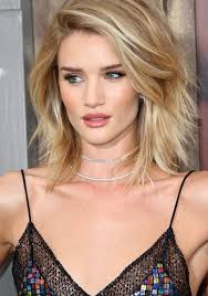 rosie huntington side parted lob rosie huntington whiteley strips down to a towel after attending