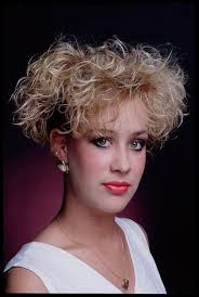 1980s short wavy hairstyles 80 s hairstyles for short curly hair hair